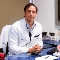 Doctor Cristian Ramírez